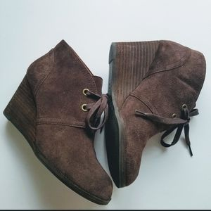 Lucky Brand Brown Seleste Wedge Tie Ankle Boots